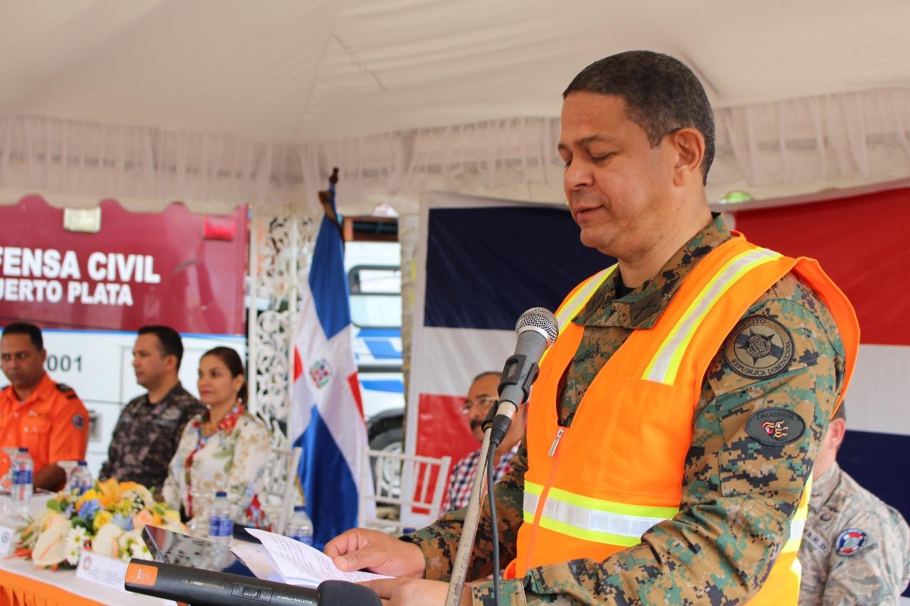 Director Ejecutivo de la Defensa Civil, General de Brigada Rafael A. Carrasco Paulino, ERD.