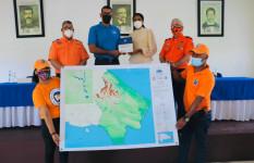 Defensa Civil entrega perfil de vulnerabilidades a la gobernadora de...