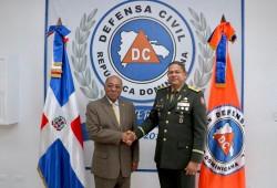 Presidente Tribunal Constitucional, Magistrado Milton Ray Guevara visita la Defensa Civil