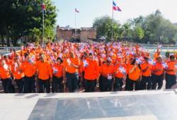 Defensa Civil deposita ofrenda floral en honor a los Padres de la Patria