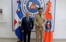 Defensa Civil recibe visita del Ministro de Industria, Comercio y...